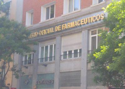 Letras  latón pulido ciegas, colegio farmacéuticos de Madrid