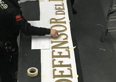 Planteamiento letras corpóreas el defensor del pueblo en el taller