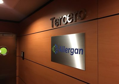PLACA CORPORATIVA ALLERGAN Placas corporativas