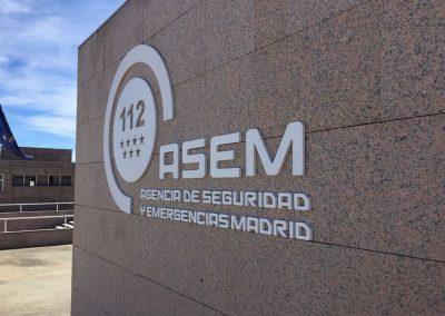 """Letras corpóreas  pvc  19 mm, lacadas, instaladas sobre pared de granito """"ASEM"""""""