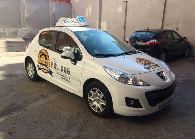 Rotulacion vehiculo en vinilo impreso y de corte Bulldog Frontal